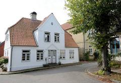 Wohnhaus / Einzelhaus; Architektur in Arnis, Schleswig Holstein.