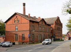 Alte Stadtmühle von Wismar - 1856 als Dampfmühle errichtet - Backsteingebäude, Industriearchitektur.