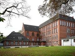 Rückseite Schule am Turmplatz / Kanalstrasse Wismar.