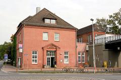 Bahnhofsgebäude Haltestelle / Endhaltestelle U 1 - Grosshansdorf.