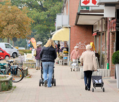 Einzelhandel im Eilbergweg, U-Bahnstation Grosshansdorf.