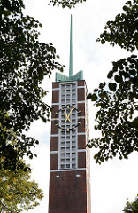 Kirchturm der Auferstehungskirche der Evang. - Lutherischen Kirchengemeinde Großhansdorf-Schmalenbeck.