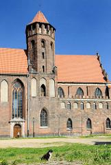 St. Nikolauskirche in Danzig - der Bau der gotischen Nikolaikirche / Backsteinkirche wurde 1384 begonnen.