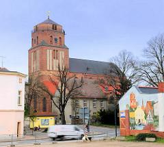 St. Petrikirche in Wolgast; zwischen 1280 und 1350 im gotischen Stil erbaut.