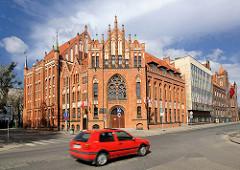 Neogotische Backsteinarchitektur - Biblioteka Gdanska, Polskiej Akademii nauk.