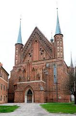Ansicht Frauenburger Dom / Kathedrale Frombork - gotischer Backsteinarchitektur, errichtet 1329 - 1388.