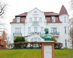 Büste, Denkmal Kaiser Wilhelm I; erster Besuch im Seebad Heringsdorf 1820.