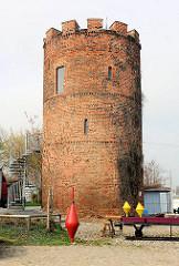 Reste der historischen Stadtbefestigung von Greifswald; Fangenturm, Teil der ehem. Wehranlage - errichtet um 1280.