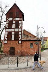 Alte Feuerwehrwache - Fachwerkturm, erbaut um 1900 in Lidzbark Warmiński / Heilsberg.