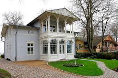 Villa Achterkerke, eine der ältesten noch bestehenden Villen der Bäderarchitektur im Ostseebad Heringsdorf, erbaut 1845.