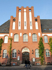 Fassade des ehem. Amtsgerichts in Bad Segeberg, Hamburger Strasse - Backsteinarchitektur,