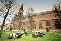 Greifswalder Dom St. Nikolai - Ursprungsbau 1395 fertiggestellt. Gotischer Backsteinbau . Wahrzeichen der Hansestadt Greifswald.