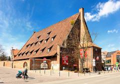 Grosse Mühle in Danzig - Backsteingebäude aus dem 14. Jahrhundert; Wirtschaftsbau des Mittelalters.