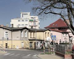 Architekturstile - Einzelhäuser und Wohnblocks in Międzyzdroje / Misdroy auf der Insel Wolin.