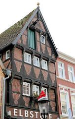 Historische Architektur in Buxtehude, Fachwerkhaus in der Breiten Strasse.