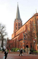 St. Petrikirche in Buxtehude; Backsteinbasilika ursprünglich erbaut um 1320.