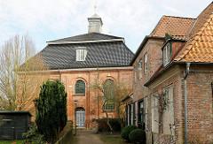 Klosterkirche und Konventualinnenhaus am Klosterhof in Uetersen, Kreis Pinneberg.