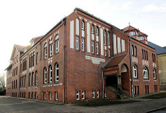 Präparandenanstalt in Uetersen - Backsteingebäude; erbaut 1904 - Volksschullehrerausbildung.