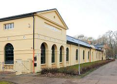 Klassizistische Architektur in Ludwigslust - erbgroßherzoglicher Marstall, erbaut 1821 -  Architekt Barca.