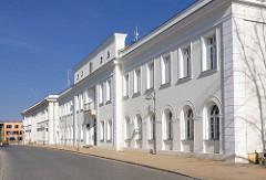 Ehemalige Großherzogliche Salongebäude in Bad Doberan - entstanden 1801/02  nach Plänen C. Th. Severins.