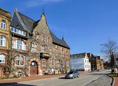 Historische Architektur in Itzehoe - Kreishaus Kreis Steinburg / Landratsamt.