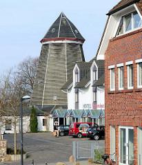 Historische unter Denkmalschutz stehende Demminer Mühle, Achtständerbau von 1810.