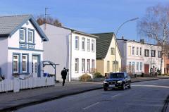 Wohnhäuser in der Köllner Chaussee, Elmshorn - unterschiedliche Archtekturstile