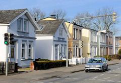 Wohnhäuser in der Strasse Langelohe / Elmshorn - Architekturbilder des Historismus.