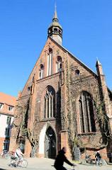 Heiliggeistkirche Hansestadt Stralsund - barocker Backsteinbau aus dem 14. Jahrundert.