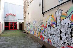 Ehemaliges Kino Apollo in Elmshorn - (geplante) Nutzung als Jugendtreff.