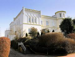 Fabrikantenvilla - Villa Wesselburg in Itzehoe; 1873 erbaut - maurischer Stil.