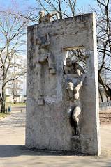 Betonskulptur - Kunst im Öffentlichen Raum, Hansestadt Rostock / Lichtenhagen.