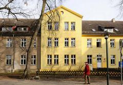 Erweiterungsbau der Ostkaserne in Demmin - Nutzung durch die Hanse Bibliothek.