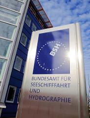 Schild am Eingang Bundesamt für Seeschifffahrt und Hydrographie - BSH.