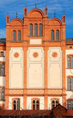 Fassade Universitätsgebäude Hansestadt Rostock.