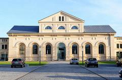 Klassizistische Architektur Schwerin - Marstall,  erbaut 1842 nach Plänen von Georg Adolf Demmler.