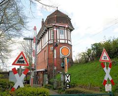 Historisches Stellwerk am Bahnhof Rendsburg / Rendsburg Nord Rn - erbaut 1910; jetzt technisches Eisenbahnmuseum.