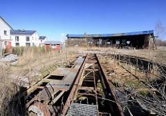 Historischer Lokschuppen von 1853 am ehem. Güterbahnhof Rostock - Ringlokschuppen / Drehscheibe; die Anlage steht unter Denkmalschutz.