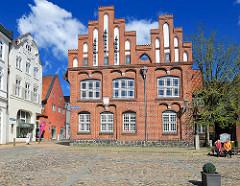 Altes Rathaus  am Altstäder Markt  in Rendsburg - erbaut im 16. Jahrhundert - Backsteinarchitektur.