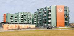 Genossenschaftswohnungen, Neubauten auf dem Gelände der Neptunwerft am Rostocker Stadthafen.