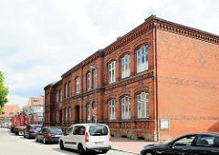 Backsteingebäude / Gründerzeitarchitektur, Schulgebäude in Plön; errichtet 1881.