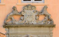 Wappendekor im Eutiner Schloss.