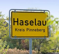 Ortsschild Haselau, Kreis Pinneberg.