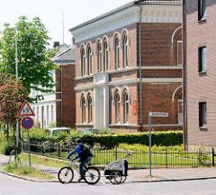 Historische Schularchitektur / Backsteinarchitektur - Gebäude Albert Mahlstedt Schule in Eutin.