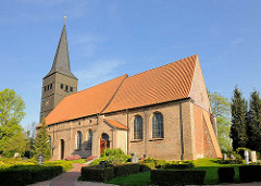 Heilig-Dreikönigs-Kirche in Haselau, im 14. Jahrhundert errichtet.