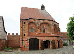 Salzkirche in der Hansestadt Werben - ursprüngich 1313 vom Johanniterorden als Kapelle St. Spiritus errichtet. Später war die Kapelle Getreidespeicher, Salzhaus und Spritzenhaus.