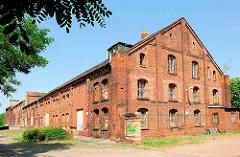 Industrieruine / Lagergebäude - Ziegelarchitektur Nähe Bahnhof Magdeburg.