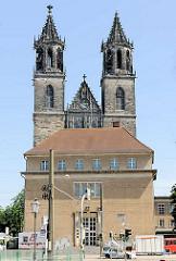Türme des Doms zu Magdeburg St. Mauritius und Katharina.