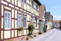 Fachwerkhäuser an der Weinbergstrasse an der Havel in der Hansestadt Havelberg.