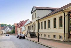 Restauriertes klassizistisches Gebäude / Wohnhaus; Hansestadt Gardelegen.